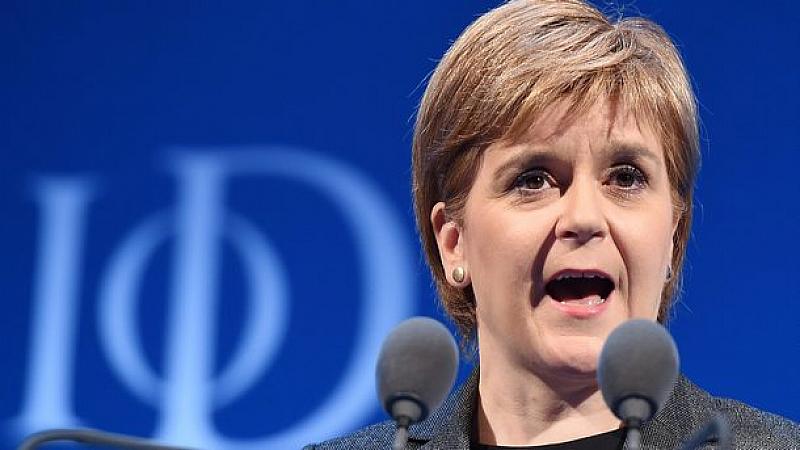 """Шотландия """"не може да бъде вкарана"""" в съюза си с"""