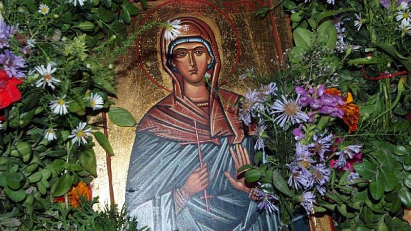 Българската православна църква почита днес църковния празник на преподобната Петка