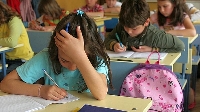 """Учителският синдикат """"Подкрепа"""" иска да бъде премахнато националното външно оценяване"""