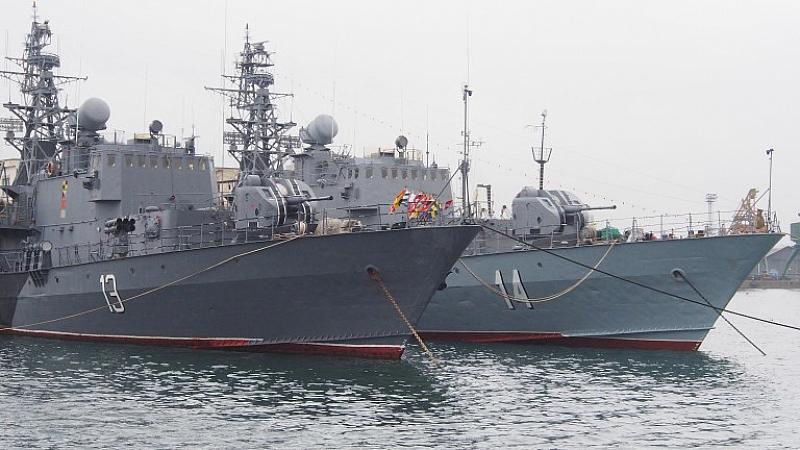 През последните месеци няма никаква информация за двата военноморски кораба,