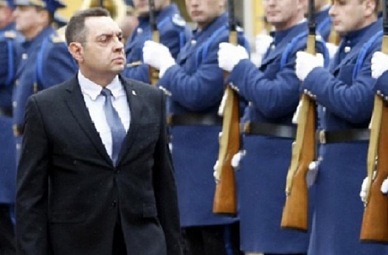 Сръбският министър на вътрешните работи Александър Вулин отправи тежки обвинения