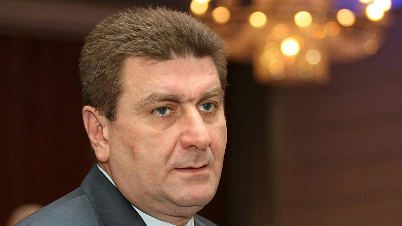 """Шефът на Контролния съвет на """"Лукойл България"""" Валентин Златев е"""