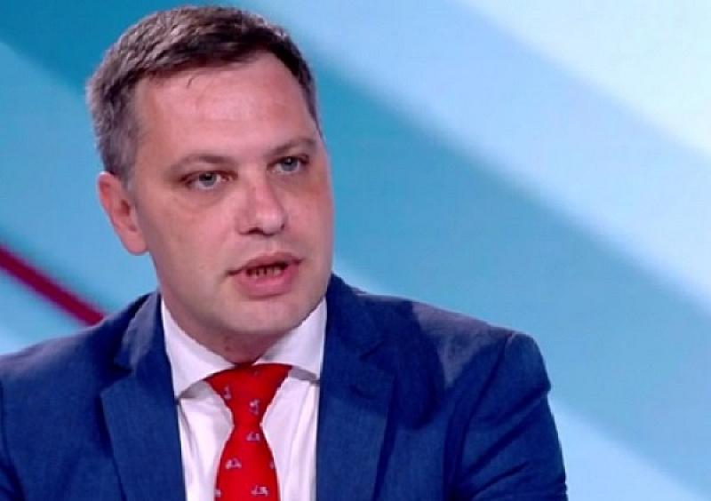 Отмяна на Закона за социалните услуги поискаха от ВМРО. Още