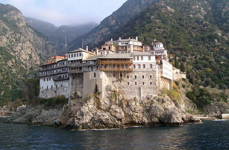 """Светогорският манастир """"Свети Павел"""" е поставен под карантина. Причината -"""