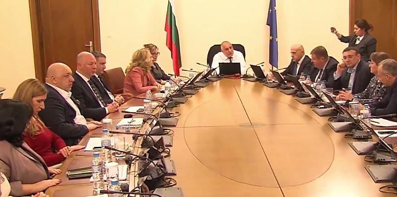Вече тези, които не си бяха въвели мерките, които България