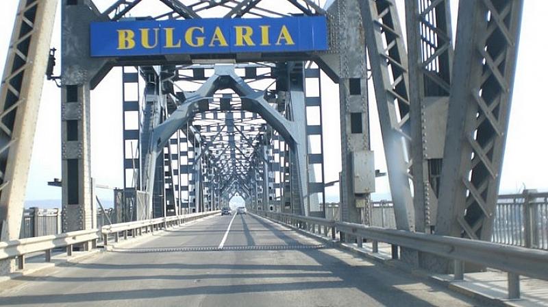 "Шест термокамери са поставени на ГКПП ""Дунав мост"" при Русе."