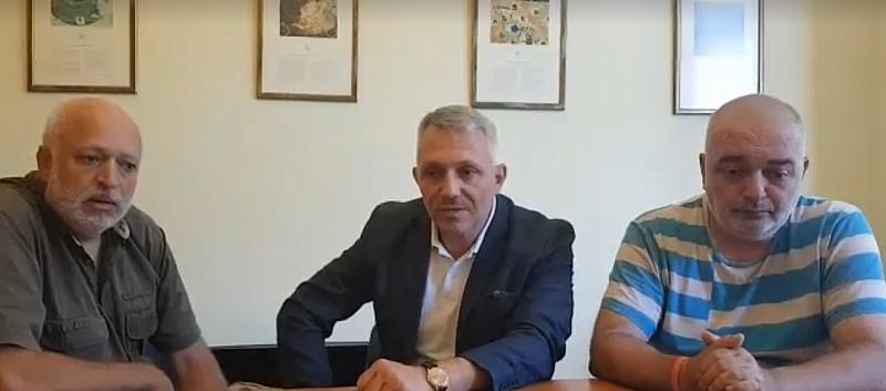 Проф. Велислав Минеков, адв. Николай Хаджигенов и Арман Бабикян, известни