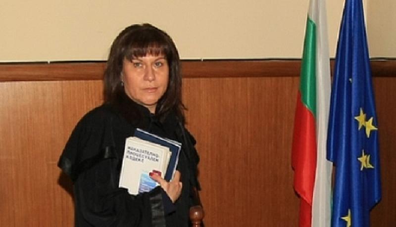 За 15 юли съдия Виржиния Петрова насрочи следващото заседание по