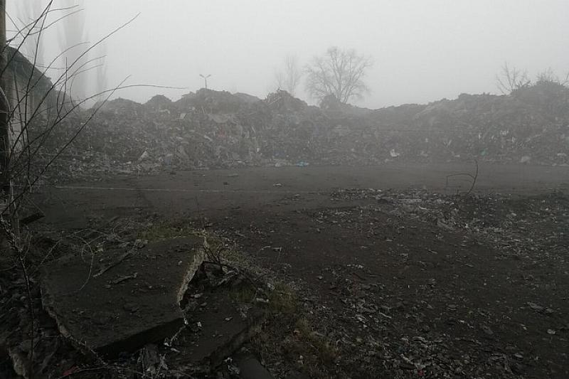 Планини от боклук открити край Гълъбово. Отпадъци с неясен произход
