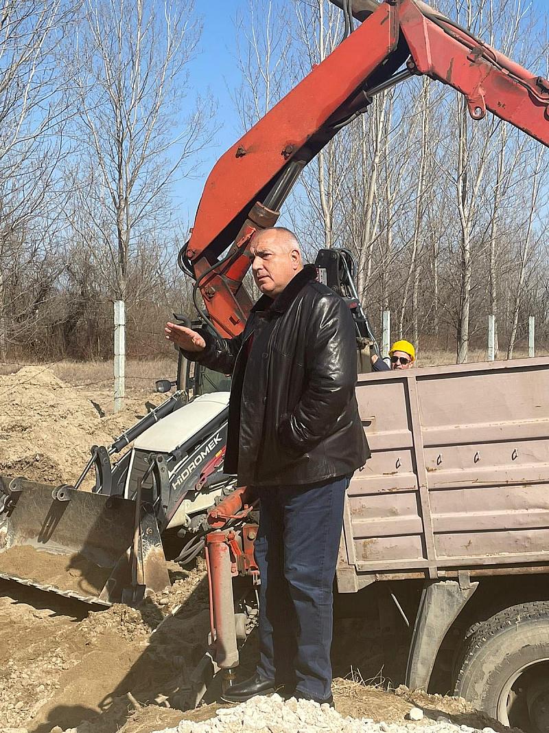 Борисов продължава да обикаля страната. Този път цел на инспекцията