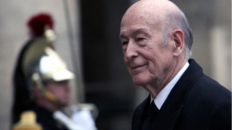 На 94-годишна възраст почина френският президент Валери Жискар д`Естен. Той