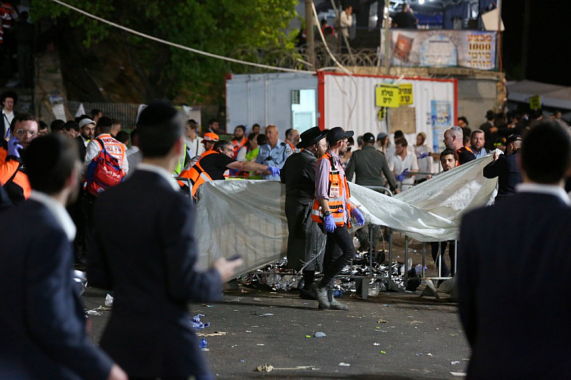 Посолството ни в Израел е в постоянен контакт с местните