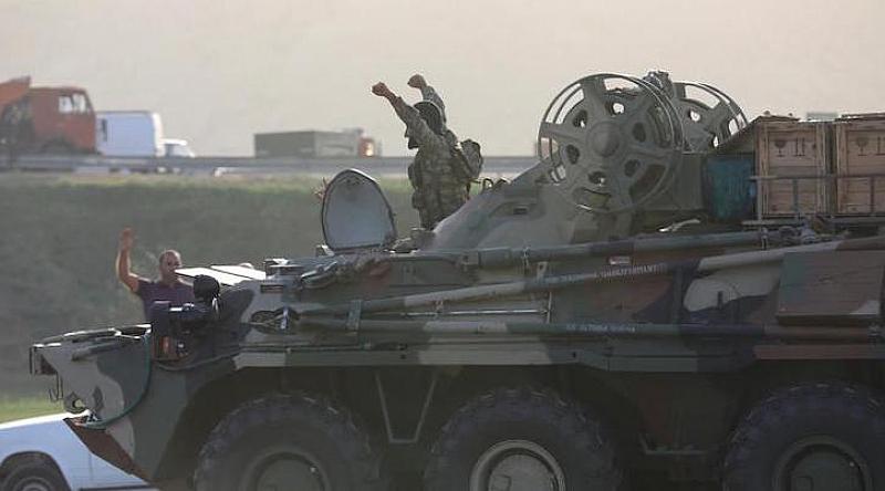 Повторно изригва конфликта между Азербайджан и Армения, които в продължение
