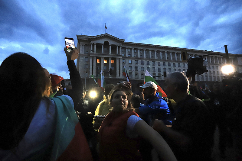 31-вия протестен ден започна под знака на нова палаткова блокада.