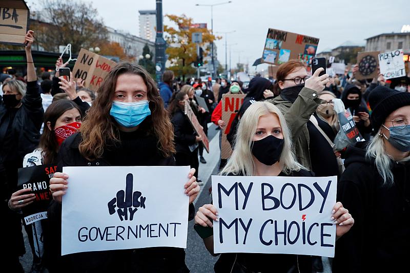Седми пореден ден на протести в Полша срещу решението за