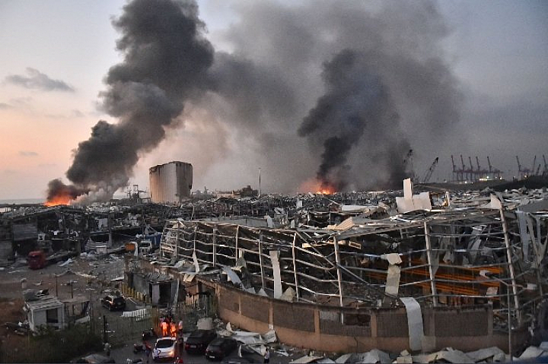 Хиляди ранени и много загинали след взрива в ливанската столица
