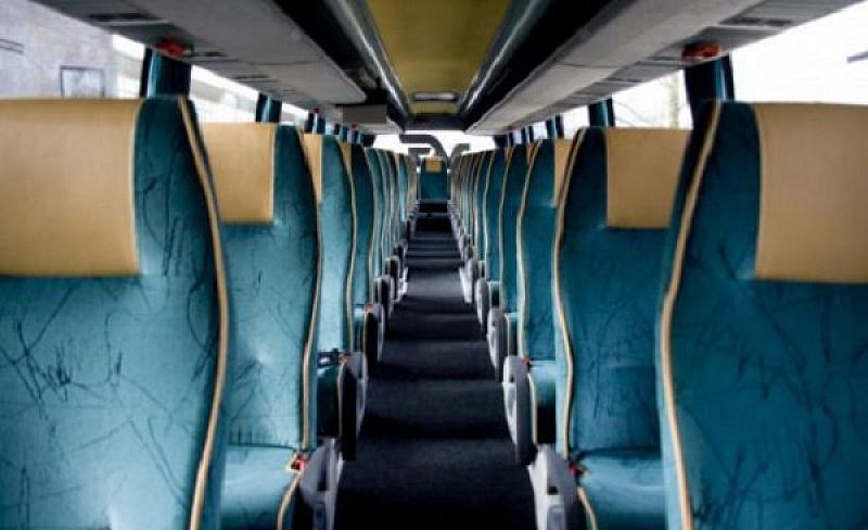 Българските превозвачи се готвят да пуснат и международните автобуси. Все