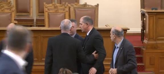 Депутатите приеха правила за работата на Народното събрание по време