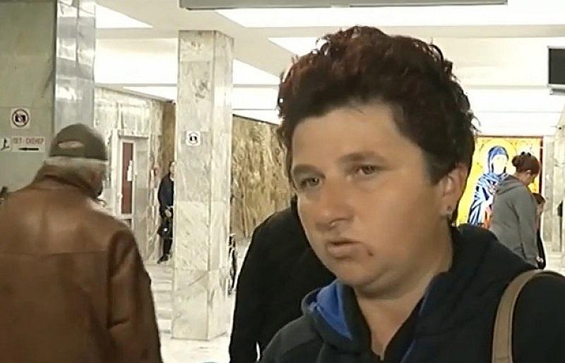 Майката на отровения Стефчо-Росица избяга от децата и семейството си.