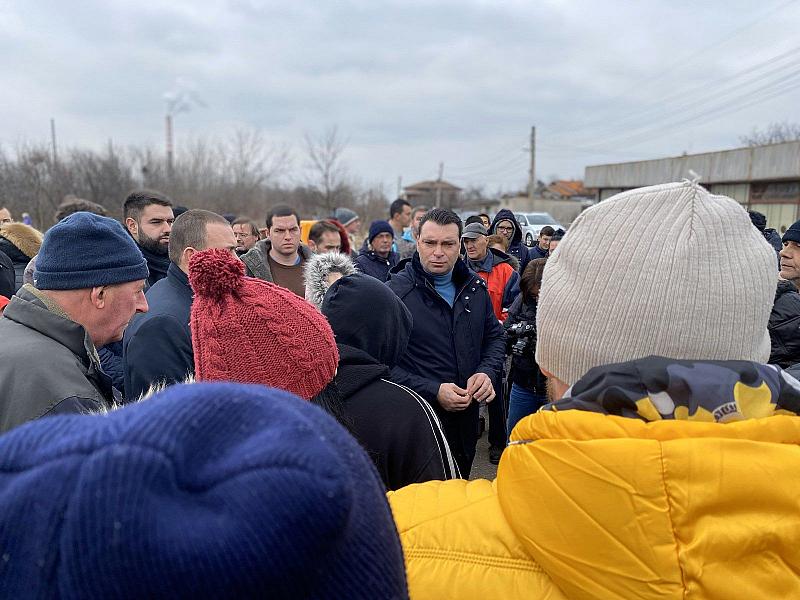 Хората във Волуяк искат само нормални условия за живот, протестът
