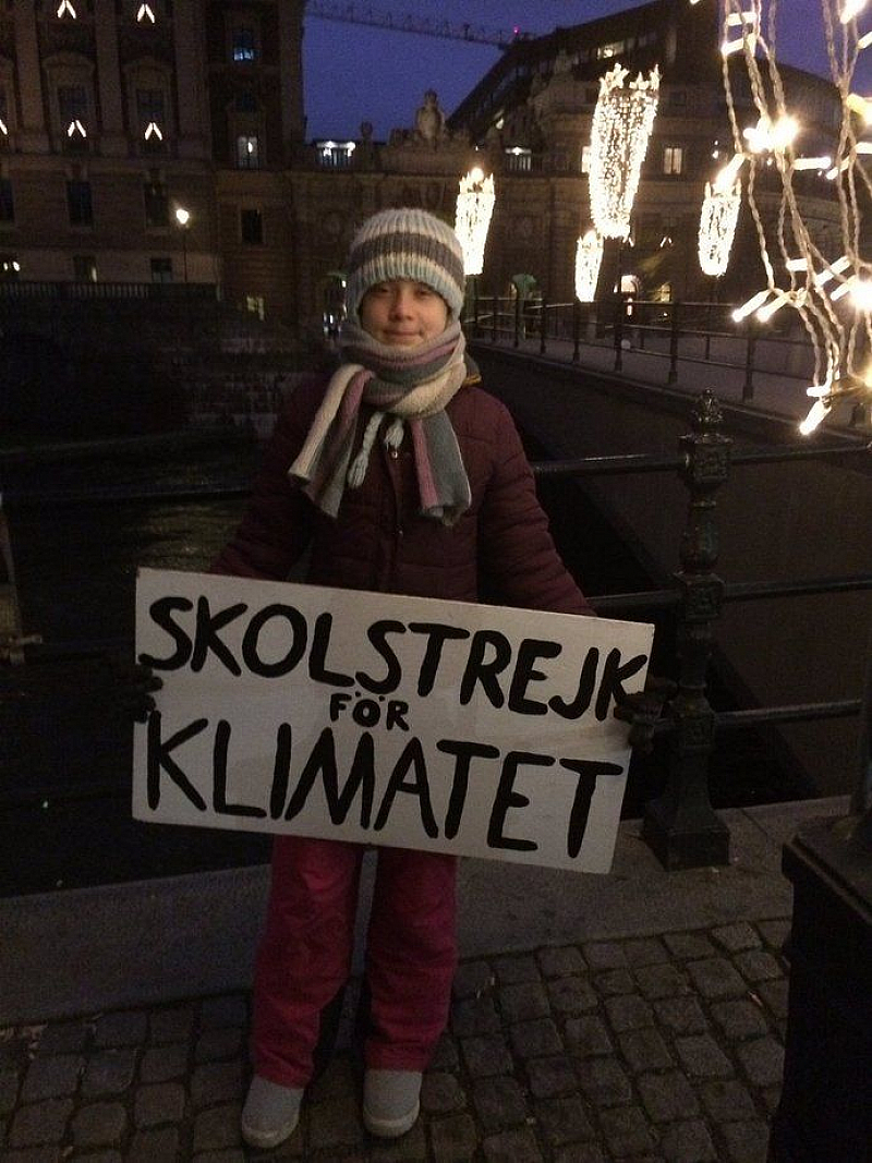 Шведската екоактивистка Грета Тунберг днес навърши 17 години, но вместо