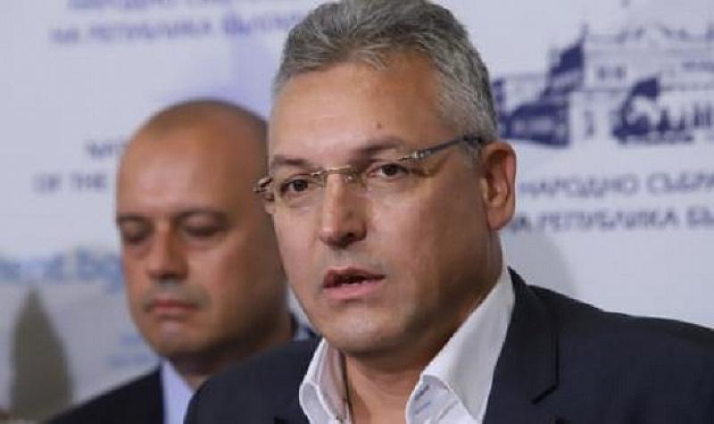 Днешна България с този архаичен капитализъм има нужда от силна