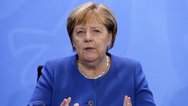 """Германската канцлерка Ангела Меркел каза, че вижда """"причини за предпазлив"""