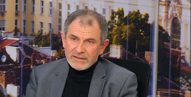 Според бившият шеф на Комисията по досиетата Методи Андреев плодовете