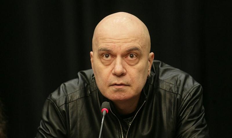 Тъй като Ангел Джамбазки е евродепутат и трябва да дава