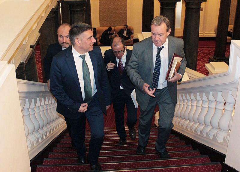 Становището на Венецианската комисия е, че предложеният от министъра проект