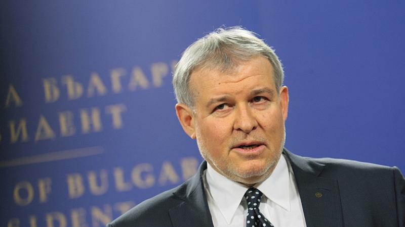 Той е на мнение, че за Борисов развитието на ГЕРБ