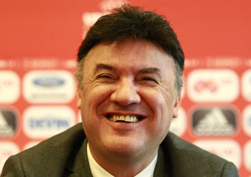 Подалият оставка президент на футболния съюз Борислав Михайлов се окопити
