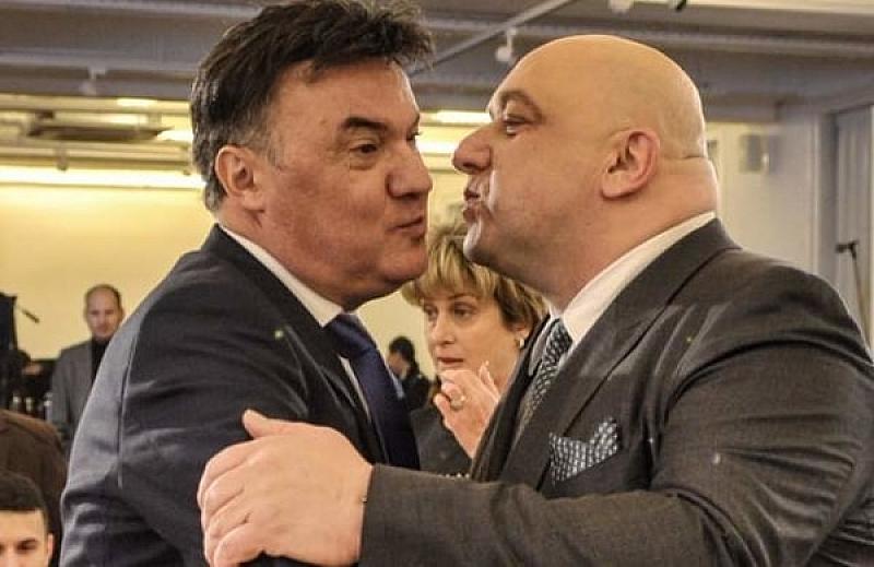 Спор(т)ният министър Красен Кралев се хвърлил в атака срещу президента