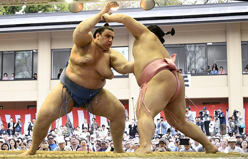 Снимка: Във Фукуока Аояма постигна положителен баланс, но утре излиза срещу Хакухо