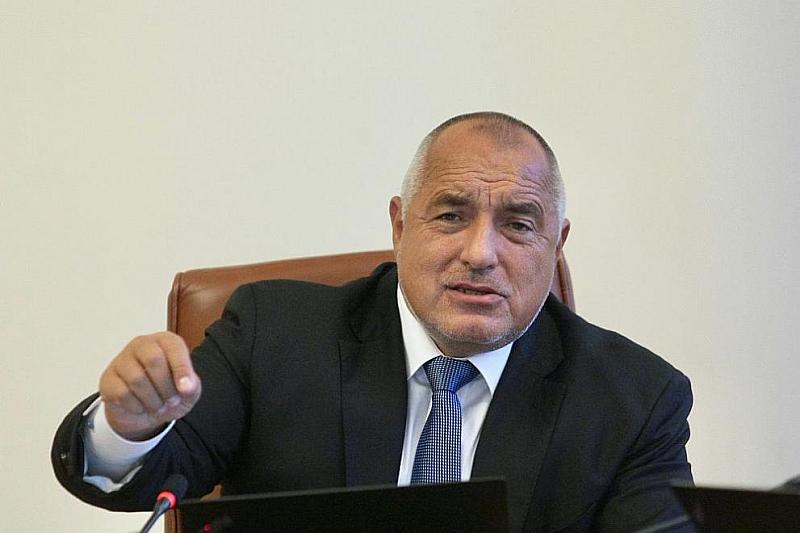Вчера чрез преки включвания на всички възможни медии мнозина българи