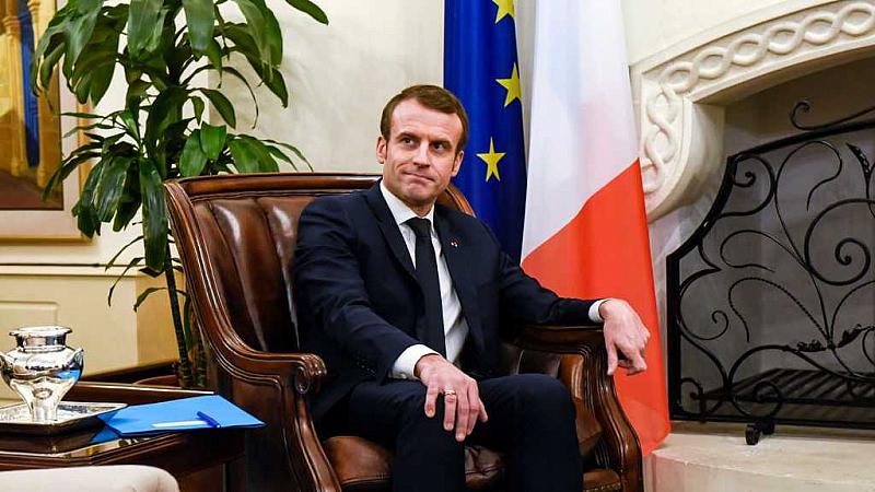 Френското правителство обяви извънредно положение поради усложнената здравна ситуация в