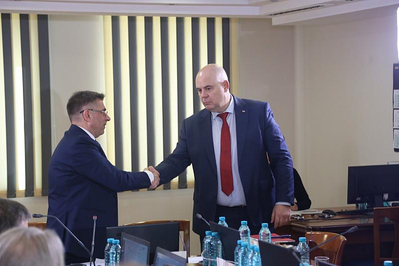Въпросът с повторното гласуване на Иван Гешев за главен прокурор