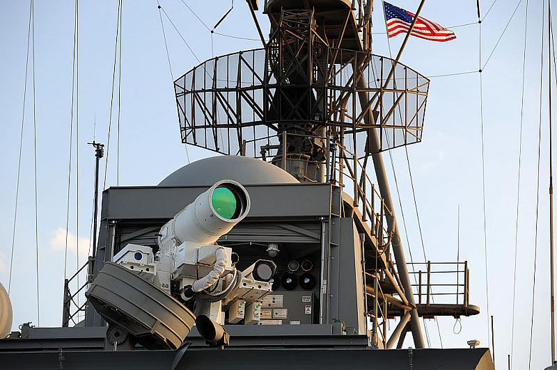 САЩ пристъпват към монтажа на първата бойна лазерна система на