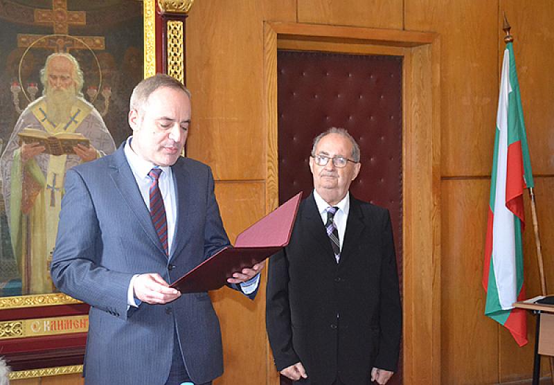 Професор доктор на педагогическите науки Владимир Радулов, преподавател в Софийския