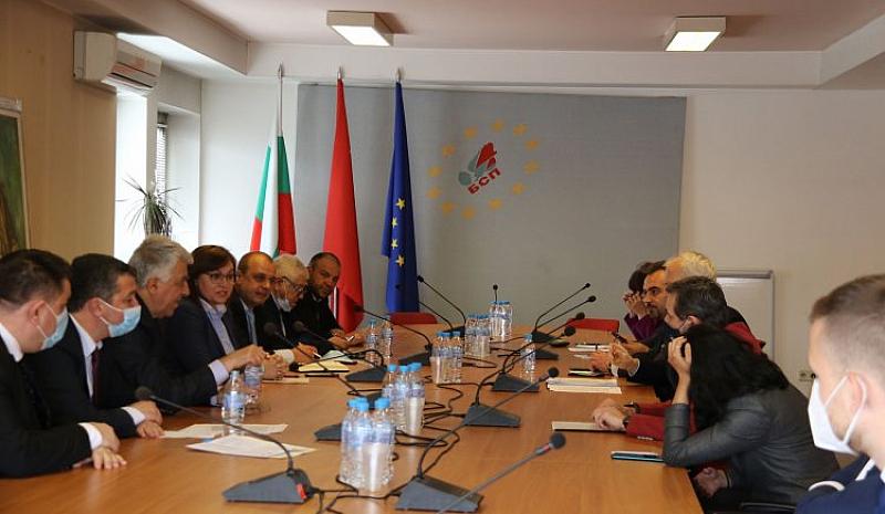 На срещата бяха обсъдени икономическите и социалните последици от ковид