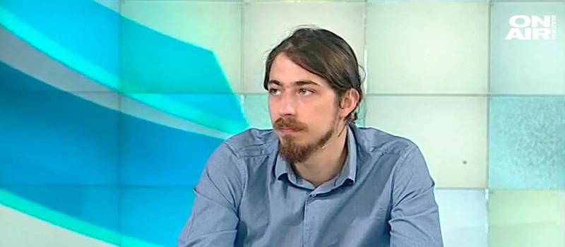 """Това прогнозира в интервю за Фрог Нюз политологът Марио Русинов.""""При"""