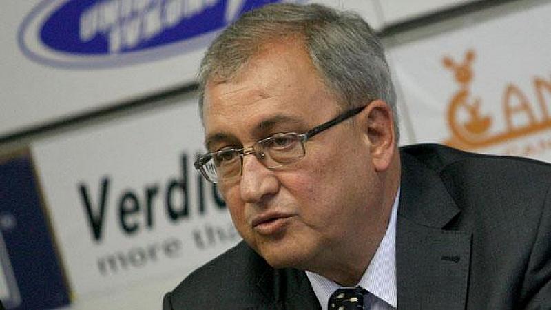 Пред Българското национално радио той коментира и предположението на австрийския