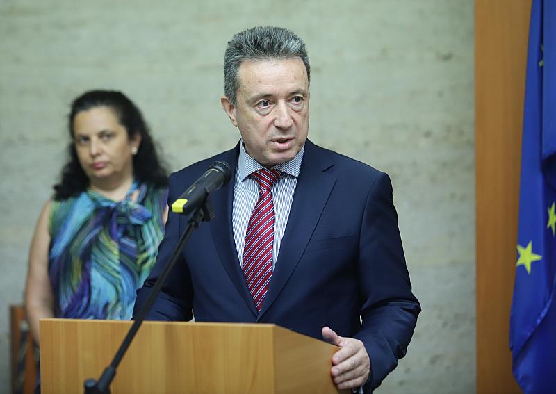 Това обяви на брифинг служебният министър на правосъдието Янаки Стоилов