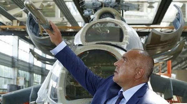 """Прехваленият от Борисов """"Авионамс"""" 4 години не връща кредитите си към КТБ"""