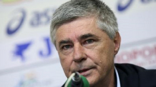 Ген. Иван Мечков: От десетилетия у нас на отговорни позиции се слагат парашутисти и калинки