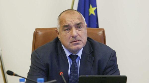 Борисов помоли медиите за съдействие, но не жълтите и кафявите