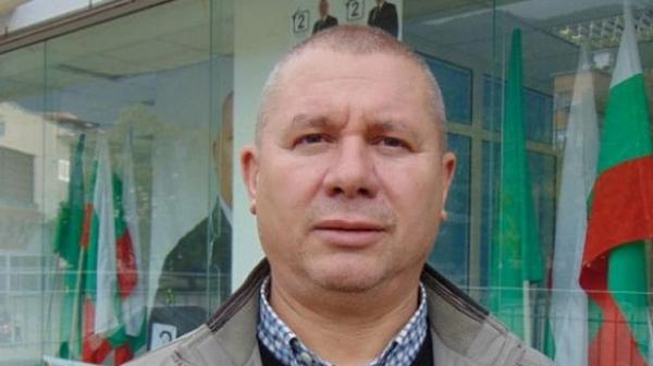 Димитър Шивиков: Време е парламентът да се саморазпусне за извънредното положение