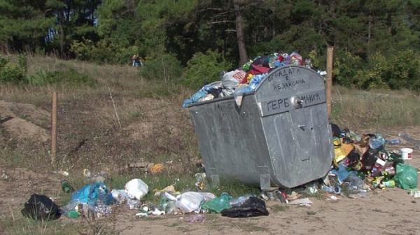 Рим ще праща боклуците си у нас за обработка