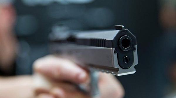 Неизвестен откри стрелба до синагога в германския град Хале, двама са убити