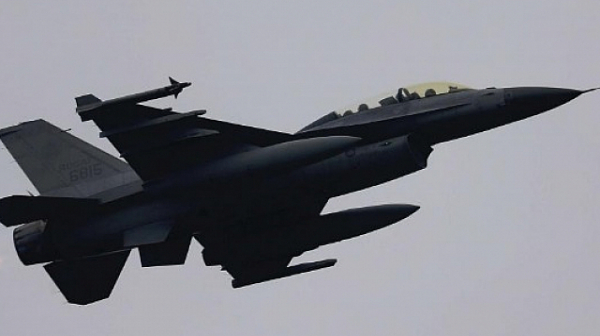 F-16 се разби в Германия, пилотът е катапултирал